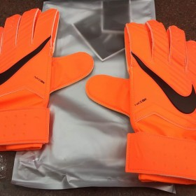 GS0344 - Nike GK Match Gloves